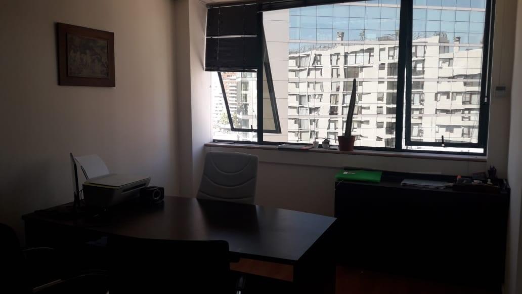 Arriendo oficina Metro Manquehue | Las Condes