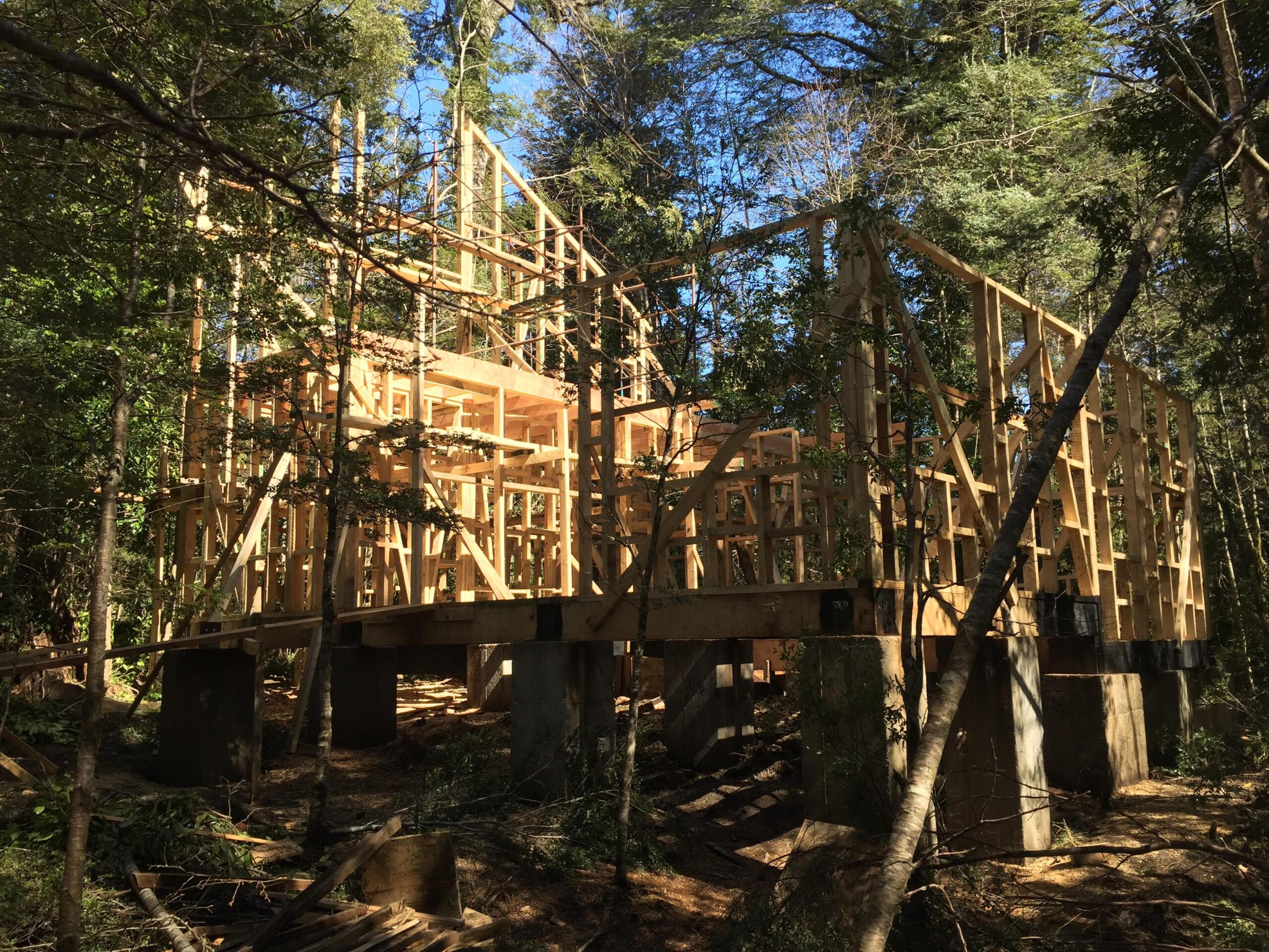 Construimos su casa o cabaña